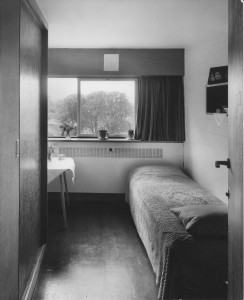A single bedroom in International House. In 1963, this was  modern and comfortable accommodation.