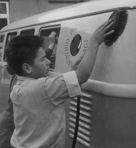 An inevitable chore for a valuable asset: the Microbus was cleaned regularly.